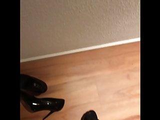 سکس گی PVC shoe play and cum man  hd videos