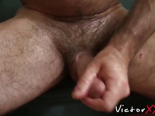 سکس گی Beefy old backdoor bandits grabs his dick and jerks off muscle  masturbation  hunk  hd videos blowjob  big cock