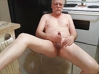 سکس گی Daddy se branle et pisse... فیلم های HD آلت مالی بابا آماتور