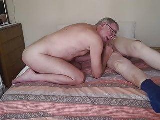 سکس گی مکیدن Cums ها چاق مسن تر در دهان من. فضول قدیمی + جوان فیلم های HD آماتور از blowjob چربی