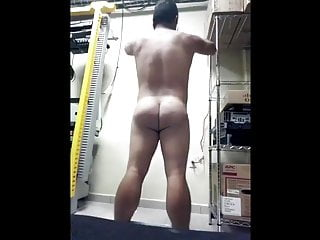 سکس گی The IT Guy striptease  latino  hd videos amateur