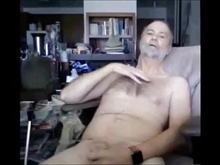 سکس گی bearish grandpa masturbation  bear